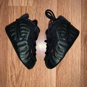 bf94ccdbf1427 Nike Shoes - Nike Lil Foam Posite Pro Sequoia Green Size 2C